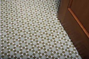 Tessara Meridian Pattern - Hexagon in Equator,Olive Non Iridescent 25x25mm, Triangle Oxygen Iridescent
