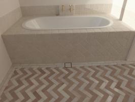 Bianceone cobblestone bath