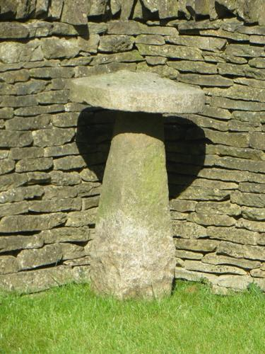 Cotswold Staddle Stone