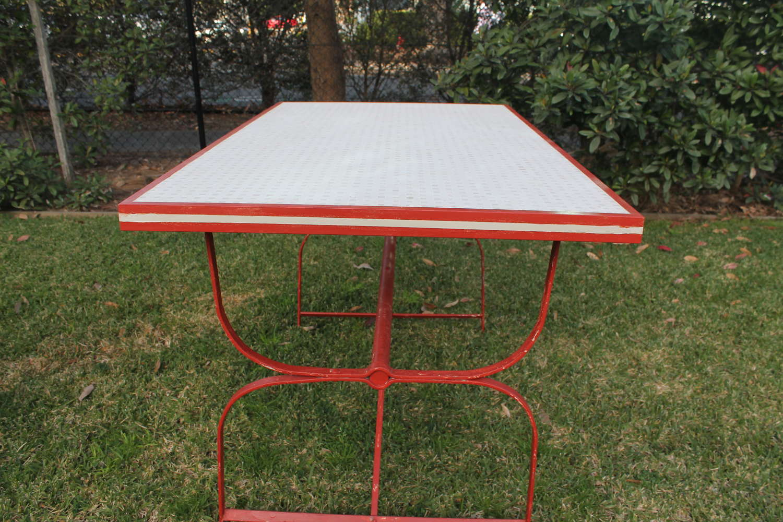 Basketweave mosaic, red trim table